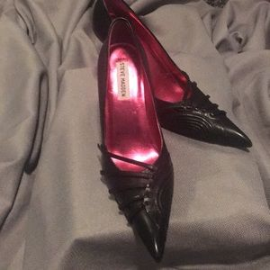 Perfect for a Halloween Costume shoes . 👻